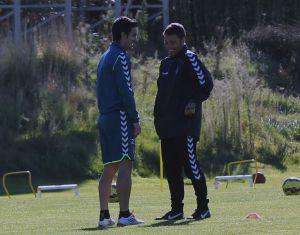 Alfaro y Brian, novedades para Vitoria