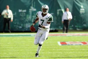 Los Jets vencen a los Buccaneers en un partido repleto de pérdidas