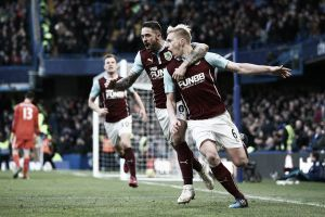 Il sabato di Premier League: Chelsea bloccato in casa dal Burnley. Cade lo United, passa l'Arsenal in trasferta