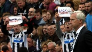 Newcastle 2-2 Hull: Cisse double eases pressure on Pardew