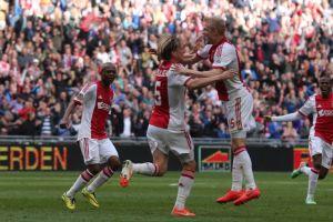 El Ajax se queda sin titulo, de momento