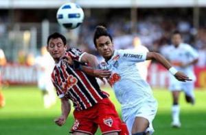 Ivan Piris da por hecha su llegada al Sevilla