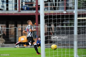 """Dwight Gayle """"knows the history"""" of Newcastle United's number nine shirt"""