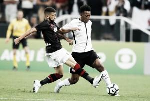 Corinthians e Atlético-PR fazem jogo bastante disputado e empatam na Arena