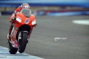 Ducati oficializa el fichaje de Stoner para 2016
