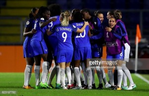 Euro 2017: Switzerland 1-1 France - Camille Abily free-kick helps Les Blues into last eight