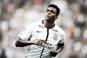 Corinthians recebe alta proposta por Jô e centroavante é vendido para futebol japonês