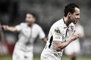 Corinthians controla Atlético-MG, vence no Mineirão e segue invicto na liderança
