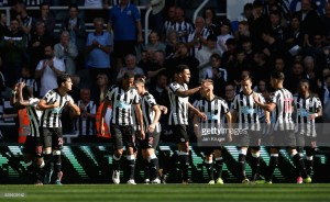 Newcastle United 3-0 West Ham United: Ritchie stars as Toon down The Hammers