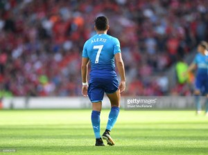 Manchester City considering using Sterling as part of potential Alexis Sánchez deal