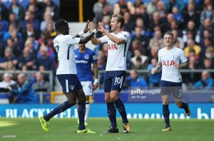 Kane back to form as Spurs send strong signal to league rivals