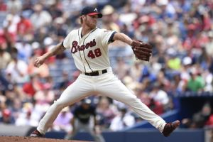 Atlanta Braves Edge Out Milwaukee Brewers 2-1 in Series Finale