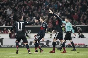 Ulreich defende pênalti no fim, Bayern supera Stuttgart com dificuldade e dispara na ponta