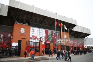 Liverpool vs Leicester City team news: Karius and 'Fab Four' start for the Reds