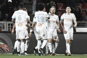 Com Thauvin decisivo, Marseille vence Rennes e segue vivo por uma vaga em competições europeias
