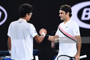 Australian Open 2018: Federer books place in final after Chung retires hurt in Melbourne