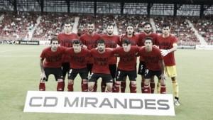 La lupa blanquiverde: CD Mirandés, nuevo atasco jabato