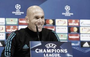 """Zidane descarta pressão excessiva em duelo contra PSG: """"Não tenho que provar nada"""""""