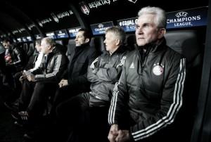 Jupp Heynckes enaltece elenco do Bayern após classificação na Champions League