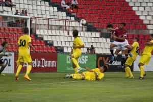 Nàstic 1-2 Villarreal: el submarino amarillo se impone en el Nou Estadi en un partido con poca emoción
