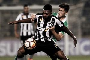 Pimpão marca no fim, Botafogo vira sobre Audax Italiano e sai na frente pela Sul-Americana