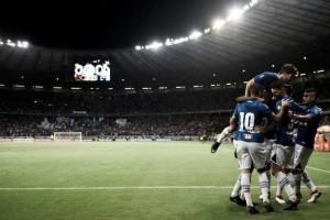 Celestial! Cruzeiro atropela Universidad de Chile e depende apenas de si por vaga nas oitavas