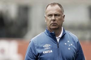 """Mano Menezes comenta derrota do Cruzeiro no Mineirão: """"Falta de tranquilidade"""""""