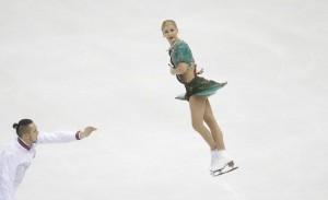 Europei, pattinaggio di figura: Volosozhar-Trankov dominano il corto di artistico, sesti Della Monica-Guarise