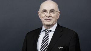 Van Praag se presentará a las elecciones de la FIFA