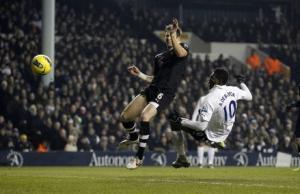 Tottenham explose Newcastle