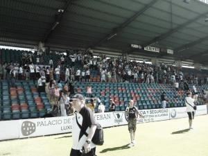 La afición se despidió de la Unión Deportiva Salamanca en el Helmántico