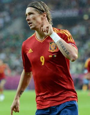 Torres se convierte en el tercer máximo goleador histórico de España