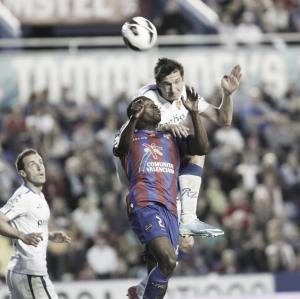 Levante UD- Real Zaragoza: puntuaciones de los jugadores del Real Zaragoza, jornada 35