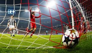 Il Bayern è un treno, la Juve si schianta