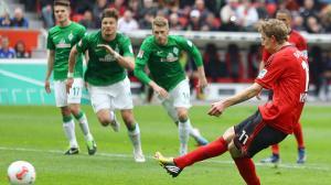 Un solitario gol de Kiessling hunde más al Bremen