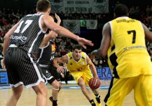 CB Canarias - Uxue Bilbao Basket: sumar para conseguir el objetivo