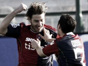 Cagliari confirma saída dos meias Daniele Conti e Andrea Cossu após rebaixamento à Serie B
