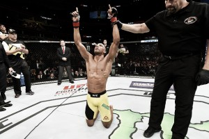 Edson Barboza: sem parceiro de treinos campeão, carioca espera vencer e ter sua chance