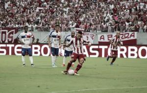 """Após marcar gol da vitória, Timbó valoriza o público na Arena:""""Nós sabemos a força do torcedor """""""
