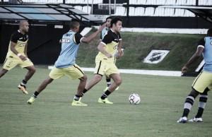 Em momentos distintos, ABC e América travam duelo pela Série B do Campeonato Brasileiro