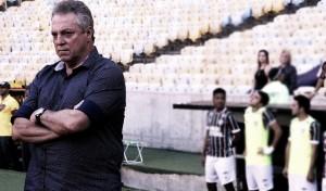 """Abel reconhece esforço do Fluminense diante do Flamengo: """"Não somos sem vergonha"""""""