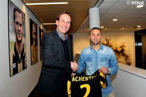 Rochdi Achenteh refuerza la defensa del Vitesse
