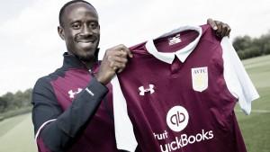 Albert Adomah jugará en el Aston Villa la próxima campaña