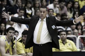 Alejandro Martínez, mejor entrenador del mes de abril