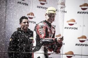 Augusto Fernández inicia la temporada desde el podio