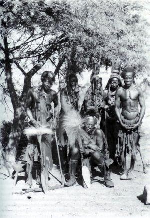 Mitos y leyendas para someter al africano