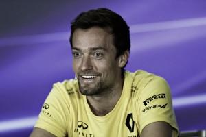 Jolyon Palmer, convencido de que terminará la temporada con Renault