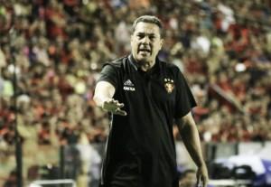 """Luxemburgo cobra análise dentro do Sport:""""Tem alguma coisa errada''"""