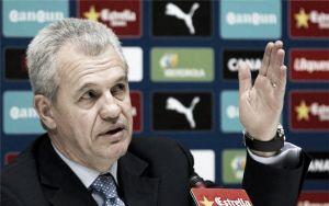 """Javier Aguirre: """"Debemos alejarnos de la zona de descenso"""""""
