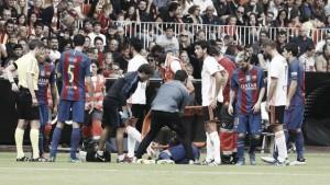 Barça, lesione del legamento collaterale del ginocchio destro per Iniesta: si teme un lungo stop